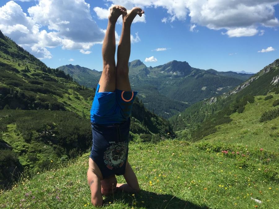 Surjá Namaskár v horském ráji