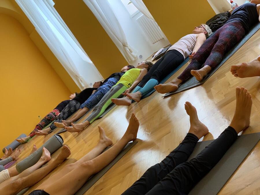 Škola jógy pro širokou veřejnost od 3.11.